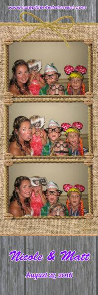 nicole-and-matt-photobooth-joseph-j-entertainmen